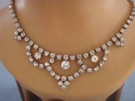 1950s Vintage Diamante Necklace with Swagged detail (sold)